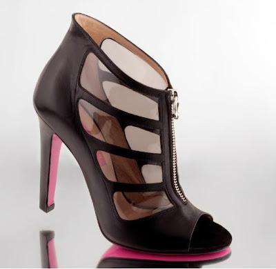 http://3.bp.blogspot.com/_WHTSBfRClY8/SFl7Aiuh7AI/AAAAAAAAAKU/wolkd2llJ58/s400/shoes-ungaro.jpg