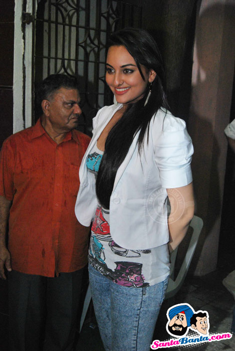 Sonakshi Sinha at Dabangg Special Screening