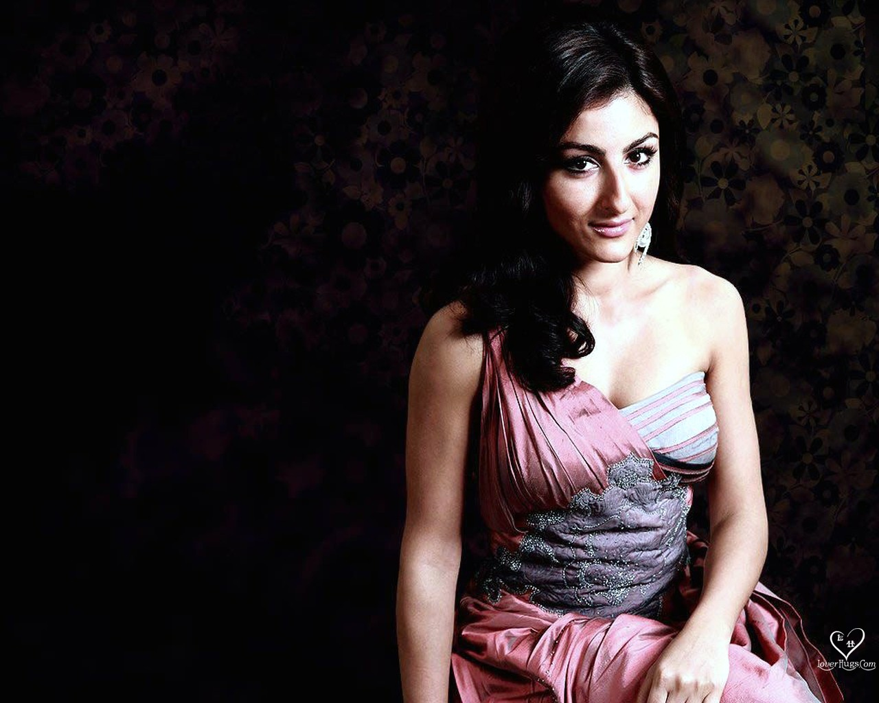 , Soha Ali Khan 4 HOT Wallpapers