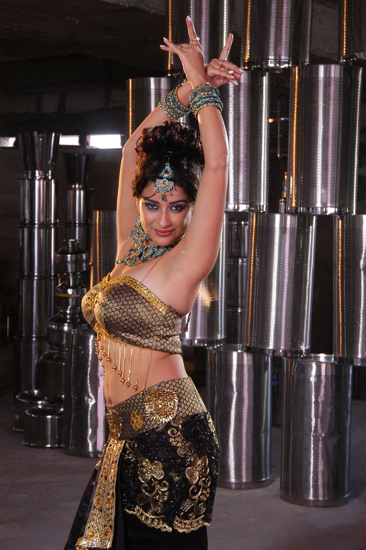 Madhurima Hot Stills From Movie Saradaga Kasepu