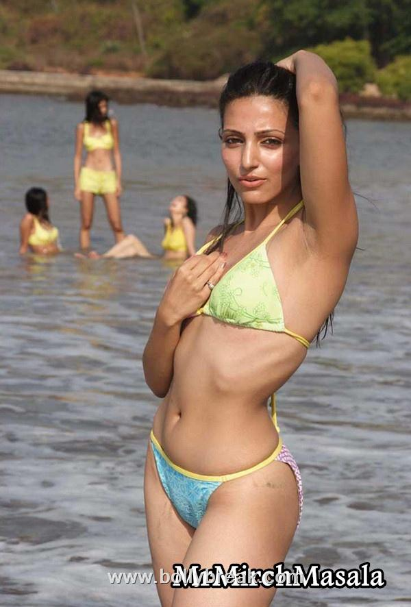 , Navina Boley Hot Pics - Sexy Model