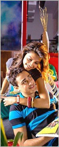 Deepika Padukone Break Ke Baad Movie Stills