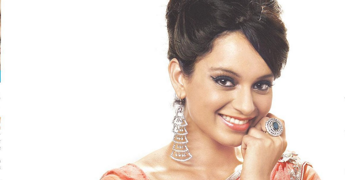 Kangana Ranaut Hot in Sexy Saree - 1 Pics