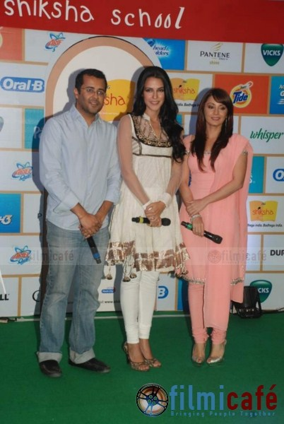 Neha Dhupia and Minissha Lamba in INDIAN SUITS at P&G Shiksha Event