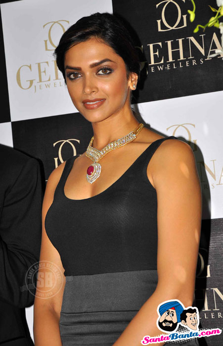 Ravishing Deepika in Black at Gehna Jewel Store Opening