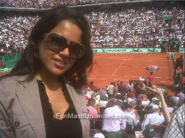 , Sameera Reddy Twitter Pics