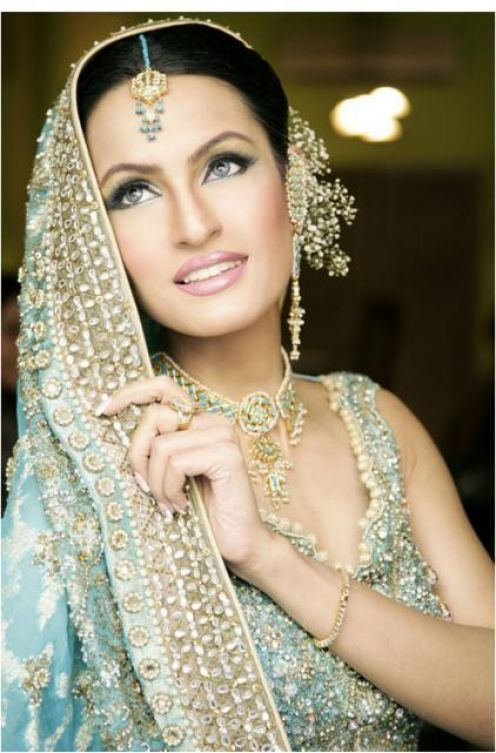 , Pakistani Brides Pics - Face Close Up
