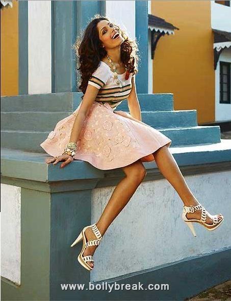 , Freida Pinto on Harper's Bazaar Dec'10 issue