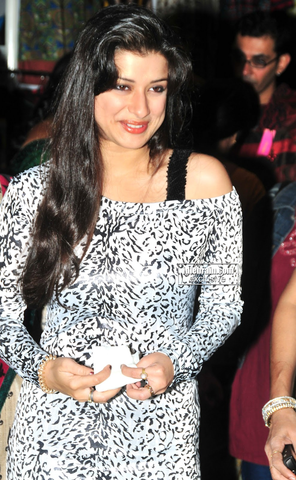, Sexy Madhurima at Store Opening