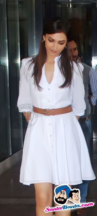 Deepika Padukone at Aarakshan Press Meet - Famous Celeb Press Meeting Gallery - Famous Celebrity Picture