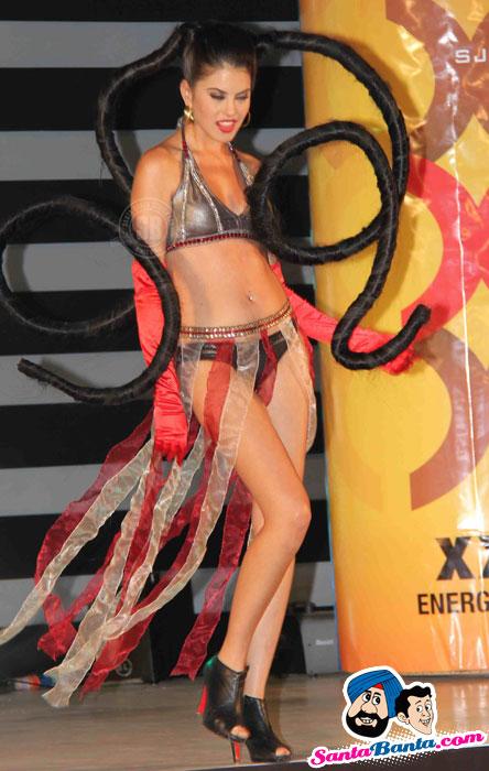 Shah Rukh Promotes XXX Energy Drink