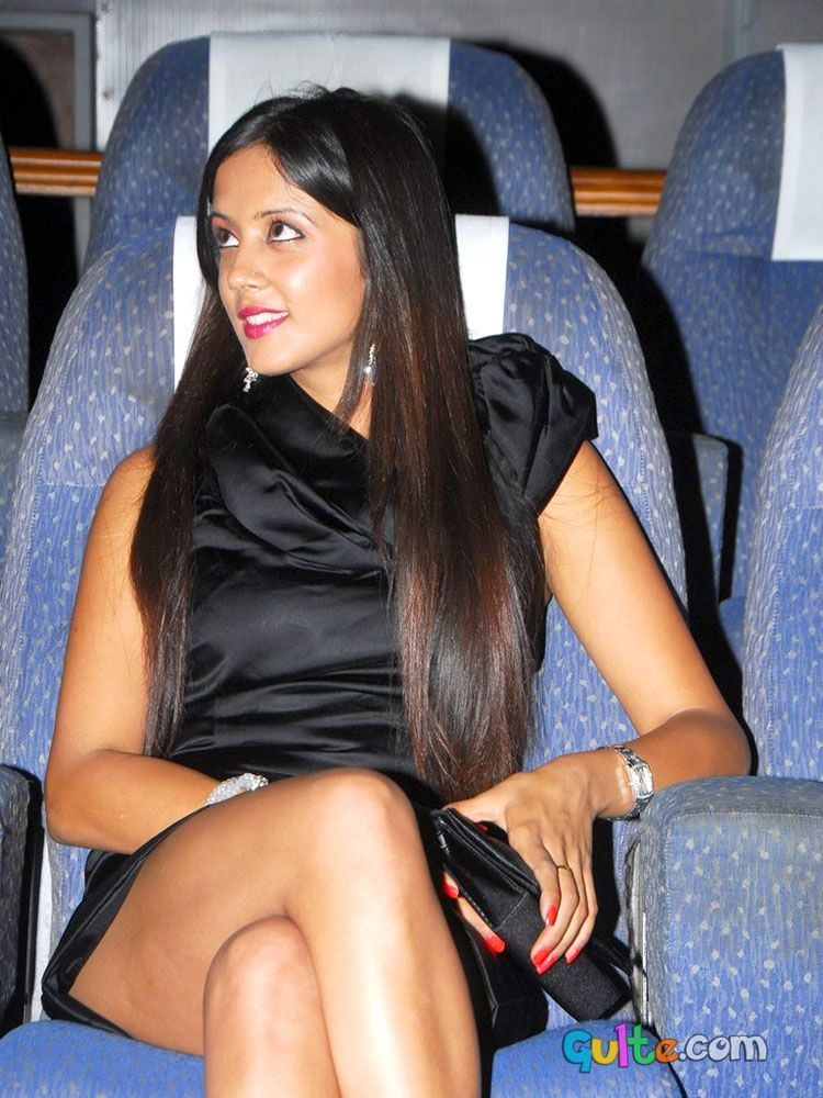 Graduate Heroine Ritika Sood Hot Pics at Event