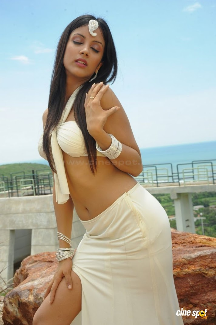 Sexy Rithika Hot Wallpapers