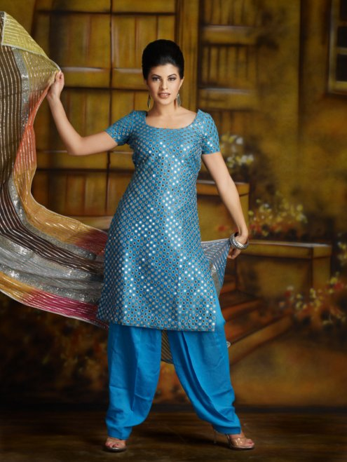  Jacqueline Fernandez Indian Dresses Photoshoot