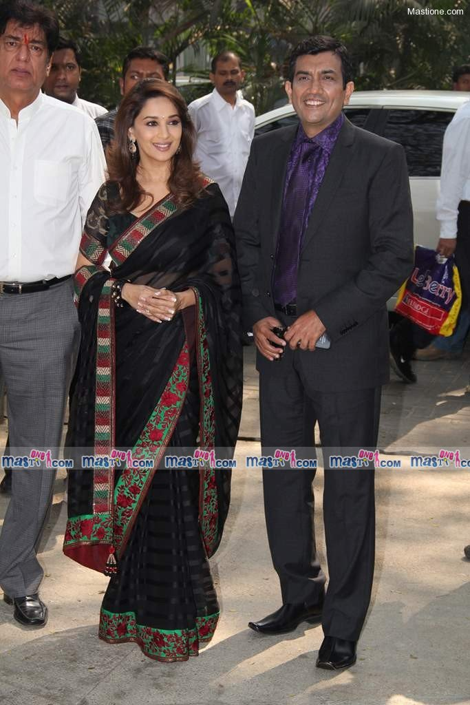  Madhuri launches Food Food Channel