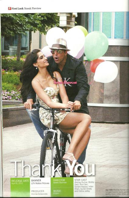 Hot Sonam Riding on Akshay&#39;s Bicycle - Sexy Stills from Thank You