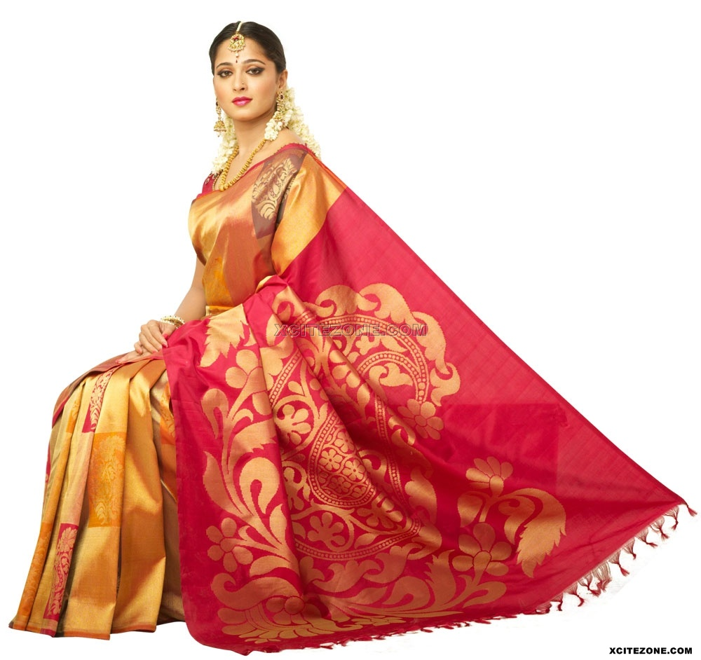 Gorgeous Anuskha Shetty Chennai Silks Saree Wallpapers