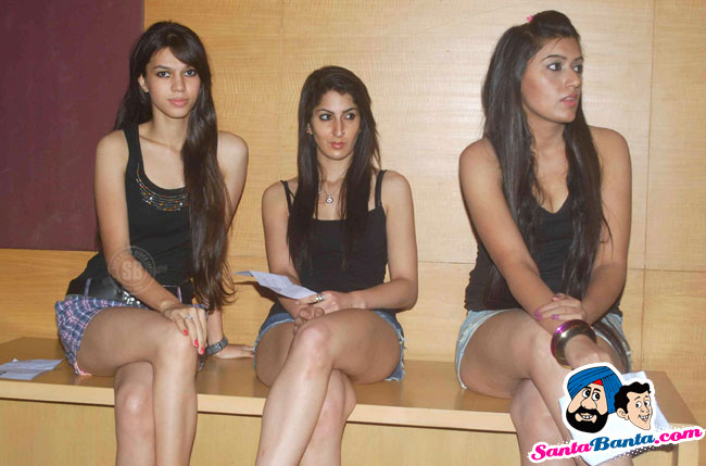 Sexy Models Audition for Lakme Fashion Week 2011