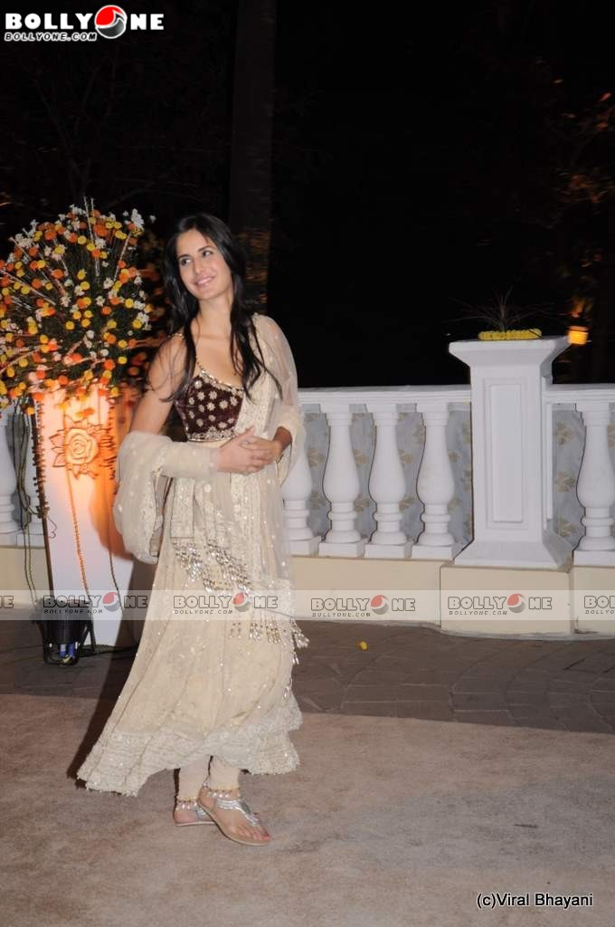  Katrina Kaif in Saree at Imran Avantika Wedding Reception