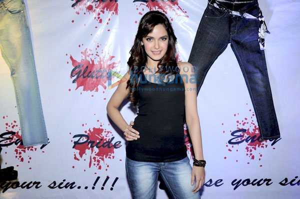 Hot Shazahn Padamsee at launch of '7eventh Sin' apparels brand