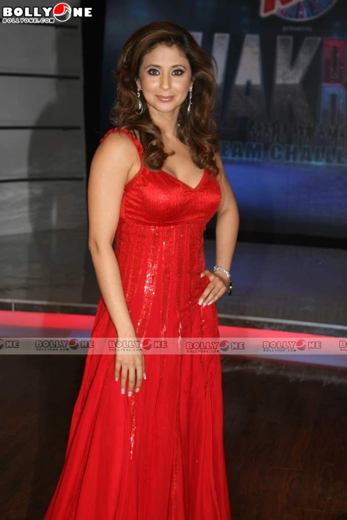 Red HOT Urmila on the sets of Chak Dhoom Dhoom