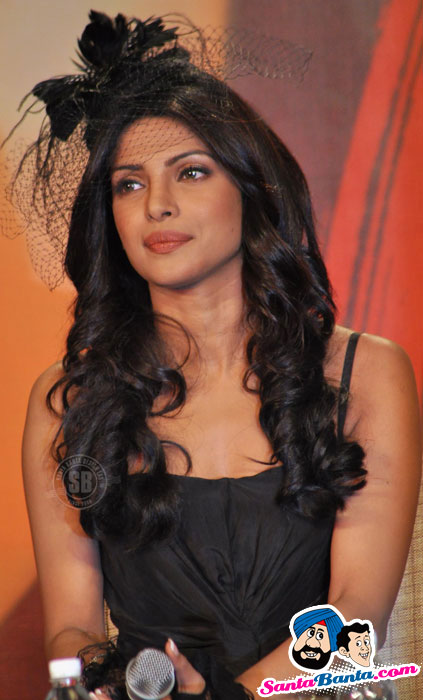 bollybreak_com_7-khoon-maaf-media-meet-12 - Bride Priyanka Chopra at 7 Khoon Maaf Media Meet