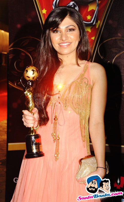 Sexy Tv Babes Global Indian Film and Television Honours-2011 - SEXY KAREENA PICTURES - Famous Celebrity Picture