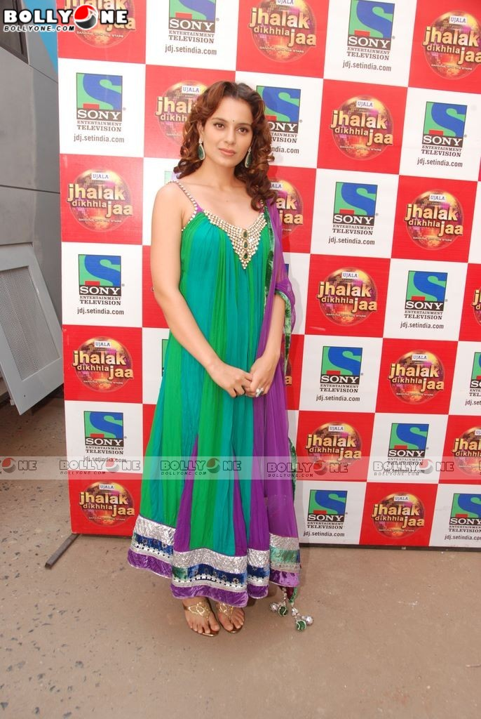 Beautiful Kangana Ranaut promote Tanu weds Manu