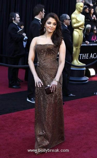 Aishwarya Rai - Beautiful Aishwarya Rai at Oscars Red Carpet