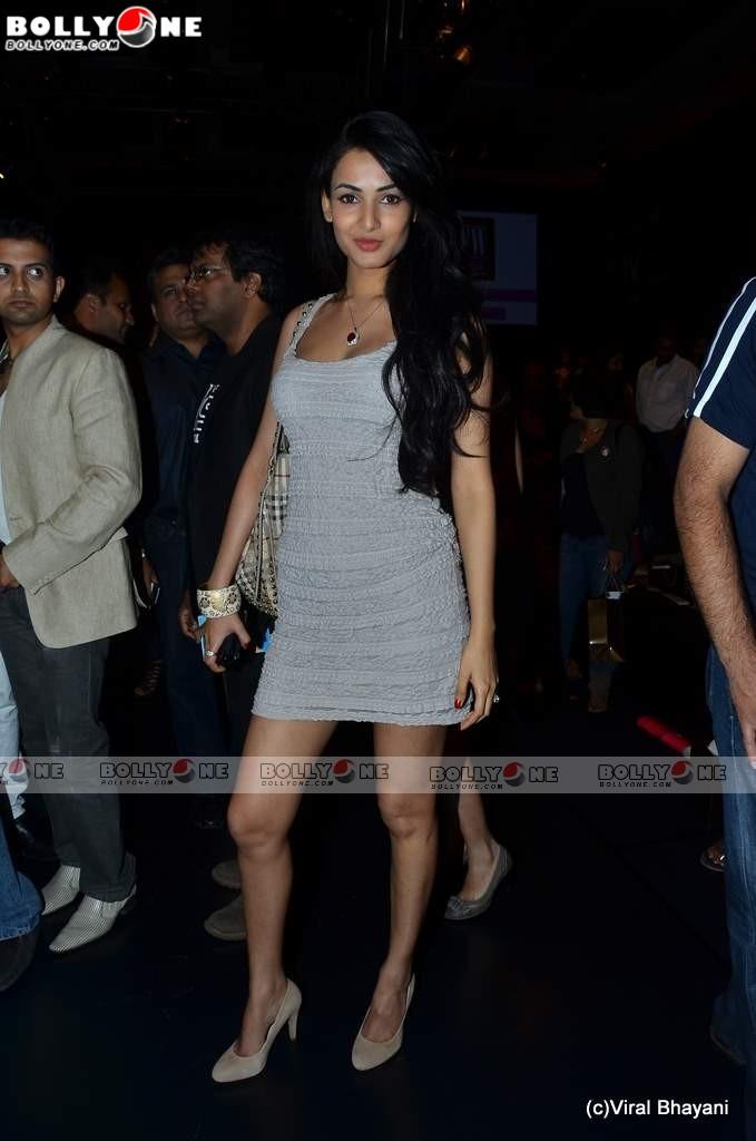 , Hot Sonal Chauhan at Lakme Fashion week 2011