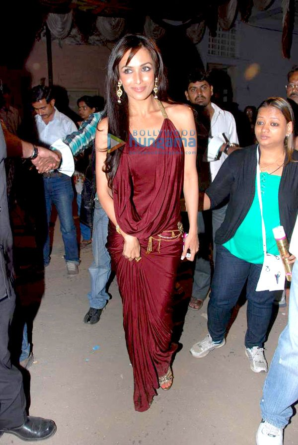 , Malaika, Yana and Madhuri on location of 'Jhalak Dikhhla Jaa'