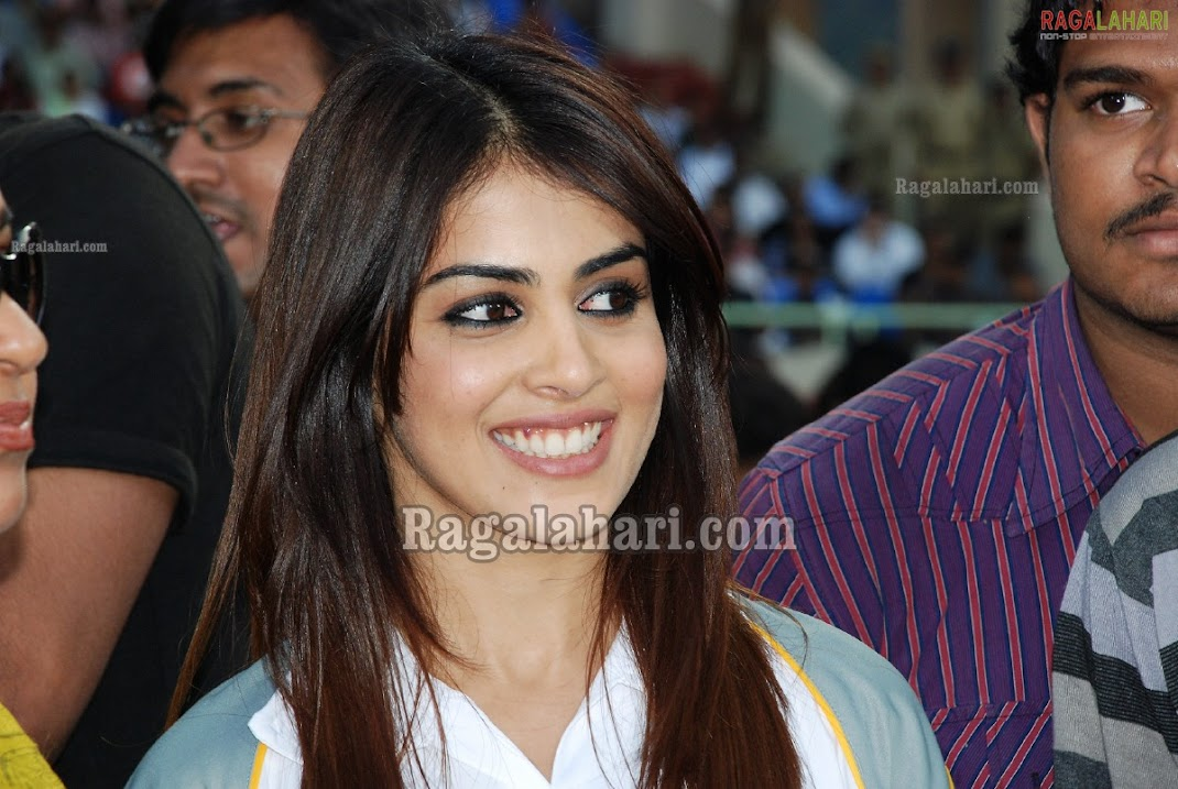 Genelia D'Souza At CCL Vizag Cricket Match