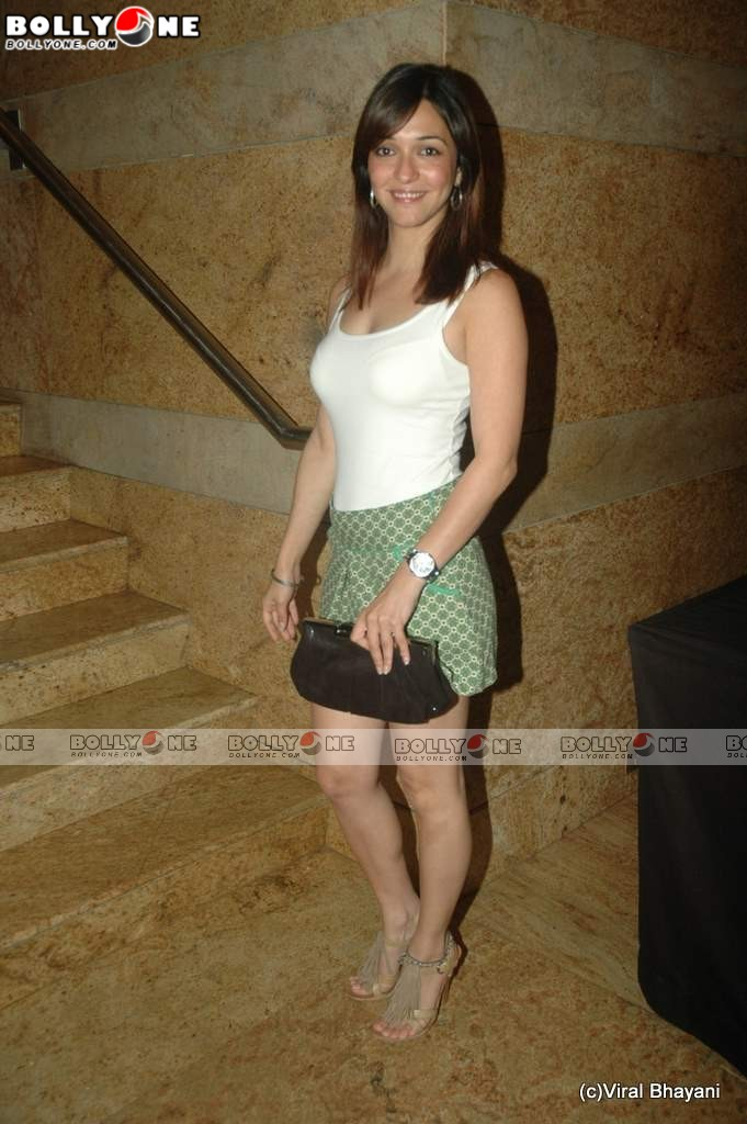 , Sexy Nauheed Cyrusi at Lakme Fashion week 2011