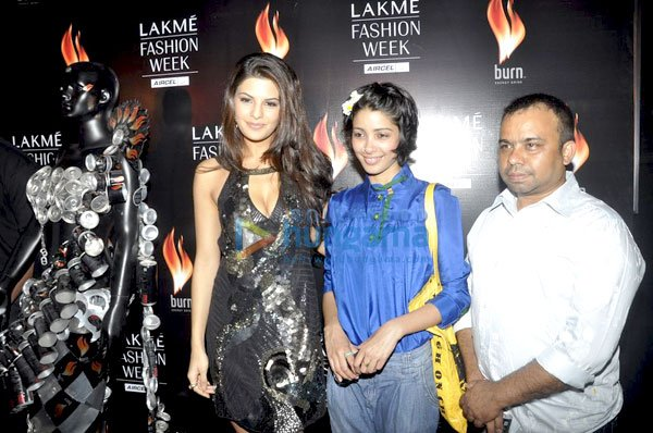 , Jacqueline Fernandez promotes Burn Energy Drink at 'Lakme Fashion Week 2011'