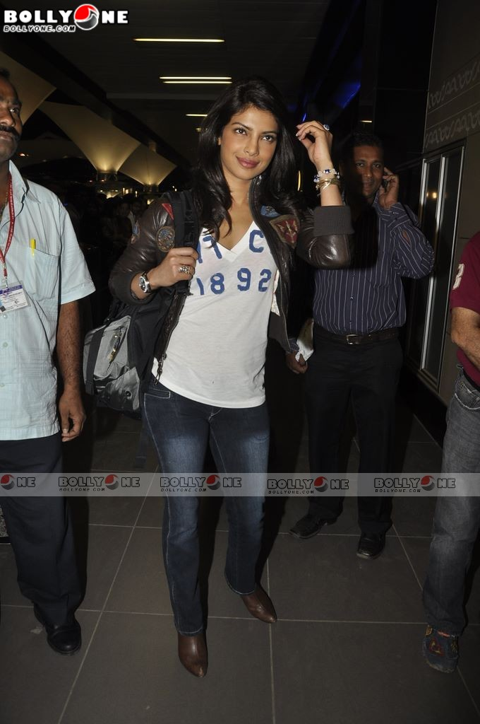  Priyanka Chopra return from Don 2 Movie Shoot 