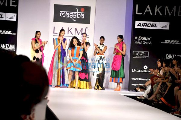 , Mugdha, Jacqueline and Mandira grace Masaba's show at 'Lakme Fashion Week 2011'