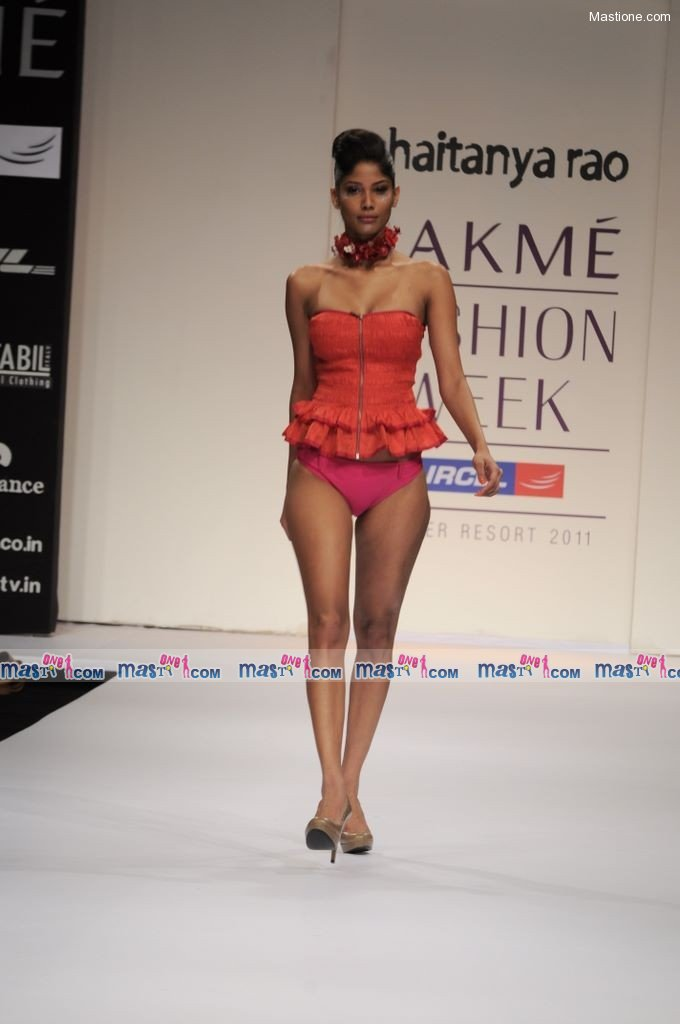  Chaiyanya Rao Show at LFW 2011