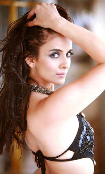 Jennifer Kotwal  - Jennifer Kotwal Sexy Photo Gallery