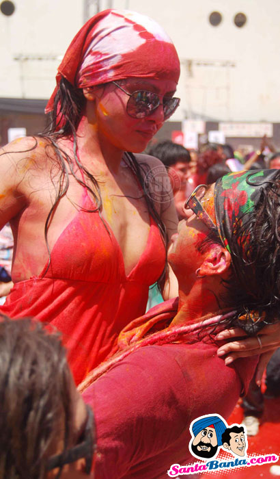 Zoom Holi Bash 2011 - Zoom Holi Bash 2011 Hot Pics