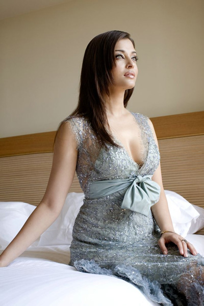 Aishwarya Rai  - Gorgeous Aishwarya Rai Beautiful Photoshoot Pics
