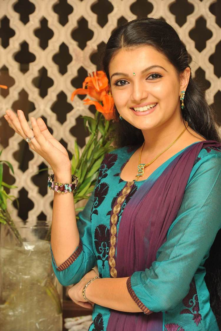 , Saranya Mohan Cute Still