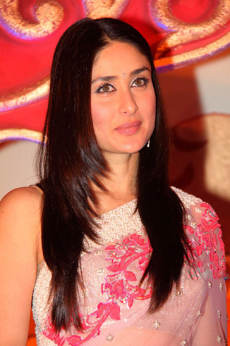 Kareena Kapoor -  Kareena Kapoor in Hot Transparent Saree