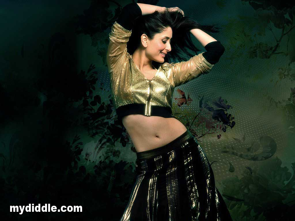 Kareena Kapoor Hot Unseen Wallpaper