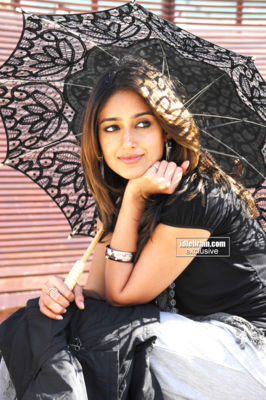 ILeana  - ILeana Hot Stills from Movie Nenu naa rakshi