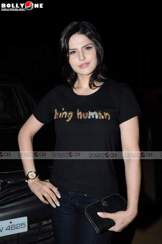 zarine khan wallpapers in ready. Zarine Khan amp; Asin Sizzles at