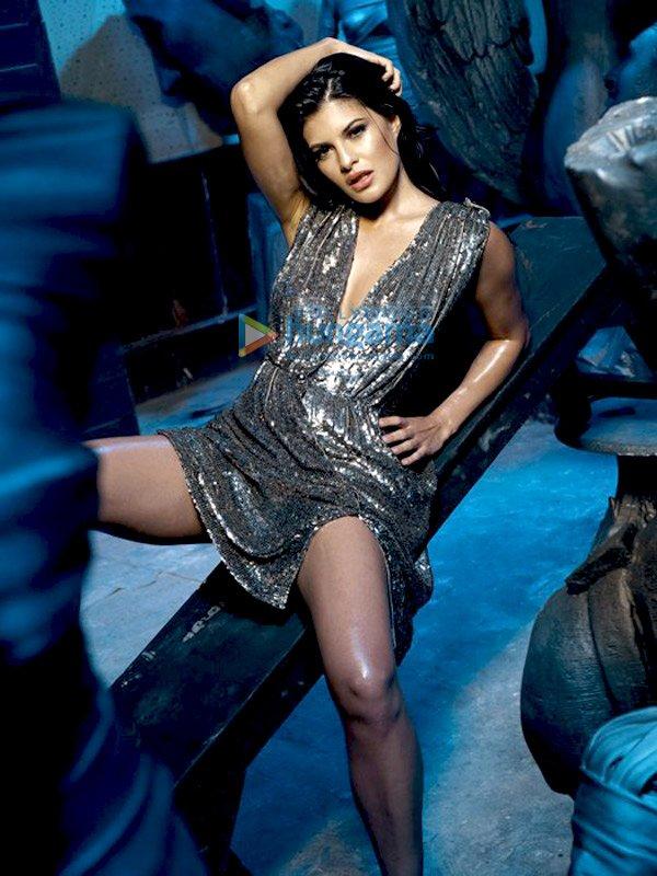 , Jacqueline Fernandez Murder 2 Hot Stills