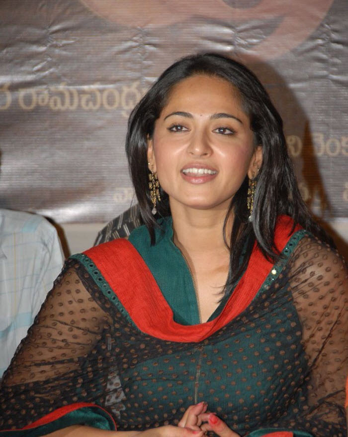 Anushka Shetty Latest Stills in Suit