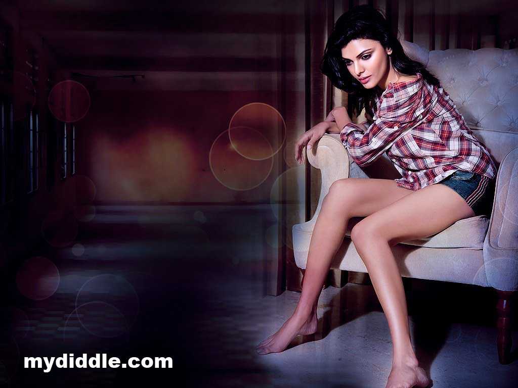 Sherlyn Chopra Latest Hot Photoshoot Wallpaper