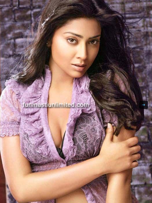 Shriya Saran Bikini Wallpaper - Shriya Saran Bikini Wallpapers