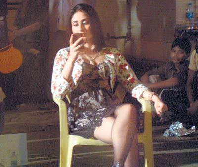 Kareena Kapoor On the sets of Reema Kagti&#39;s next Film - Hot Kareena Kapoor On the sets of Reema Kagti&#39;s next Film